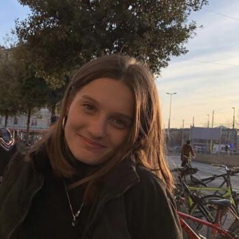 Baby-sitter in Genève: Jeanne