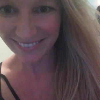 Babysitting job Wairau Valley: babysitting job Anita