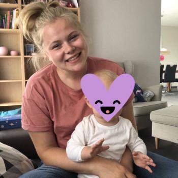 Babysitter Auckland: Alina