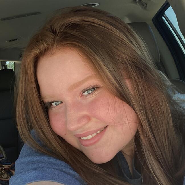 Babysitter in Fort Worth: Ashlynn