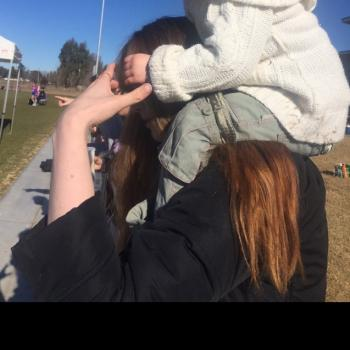 Babysitter Bathurst: Gena