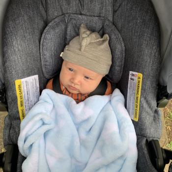 Babysitting job Auckland Airport: babysitting job Zahreen