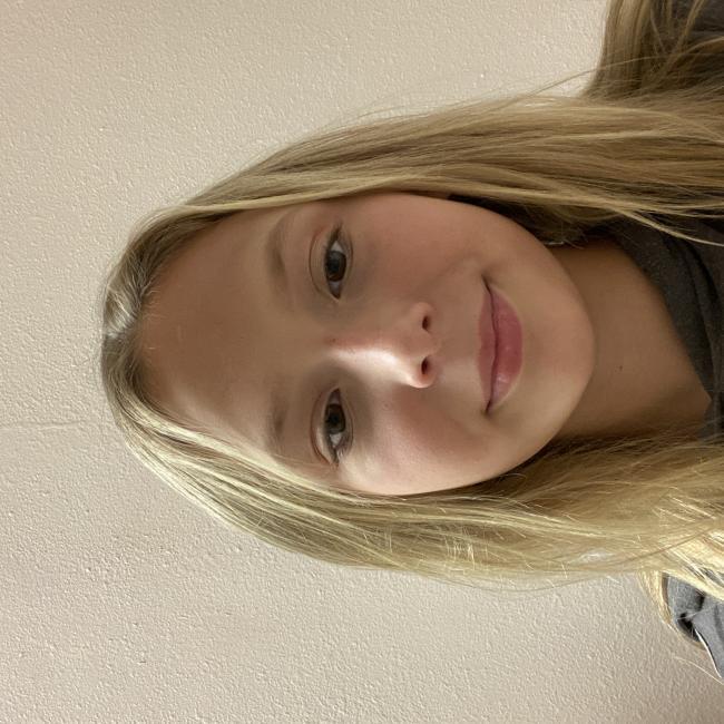 Babysitter in Hudson (Florida): Erika