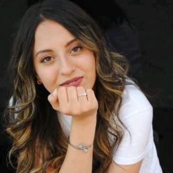 Niñera Pamplona: Rihab