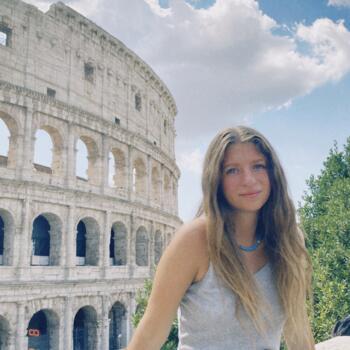 Babysitter a Perugia: Lucia
