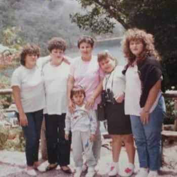 Niñera San Antonio: Hellen