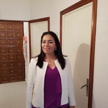Babysitter Barcelona: Adela alvarenga
