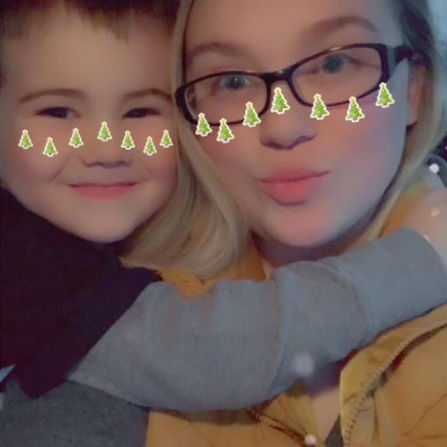 Babysitter in Shenandoah Junction: Jasmin
