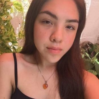 Babysitter in Veracruz: Leslie
