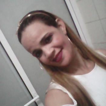 Babysitter Sintra: Maria Rubia