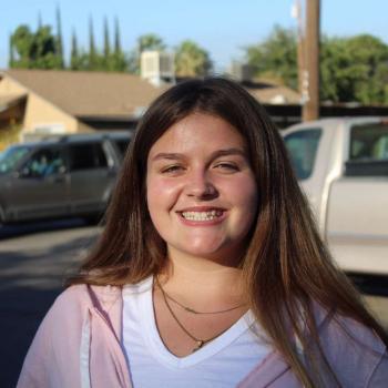 Babysitter in Fresno: Amber