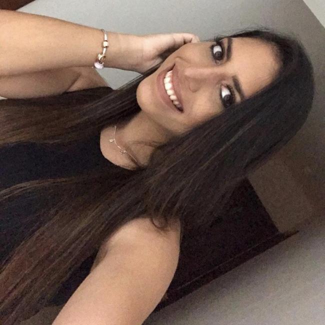 Babysitter in Miami: Oriana
