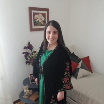 Niñera en Pamplona: Maite