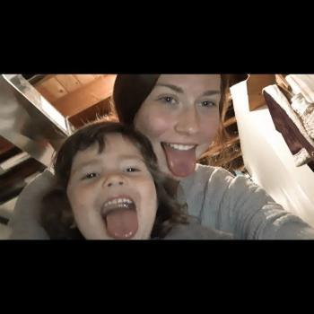 Babysitter in Loudonville: Ariana
