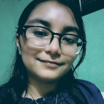 Babysitter in Ciudad Madero: Cintya