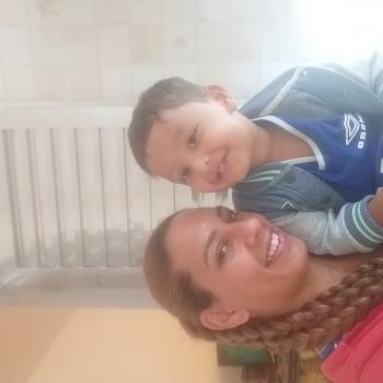 Emprego de babá em Belo Horizonte: CATIANE