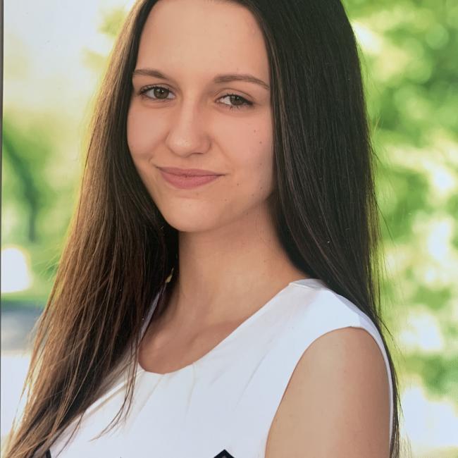 Babysitter in Wr. Neustadt: Lara