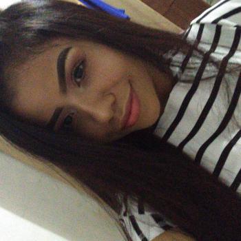 Babá em Manaus: Angela