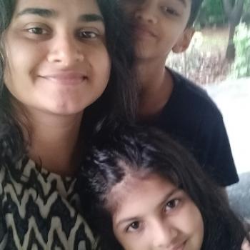 Opiekunka do dziecka Radom: Nishmita