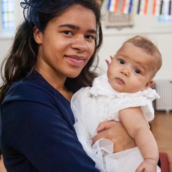 Babysitter London: Adamma
