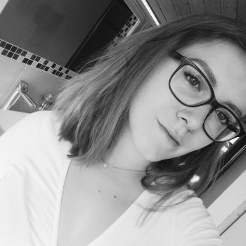 Babysitter Chêne-Bourg: Aline