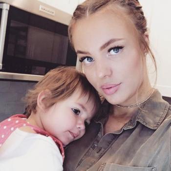 Babysitter Hounslow: Isabel
