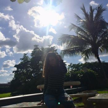 Babysitter Miami: Tori