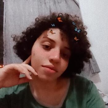 Babá em Aracaju: Laís