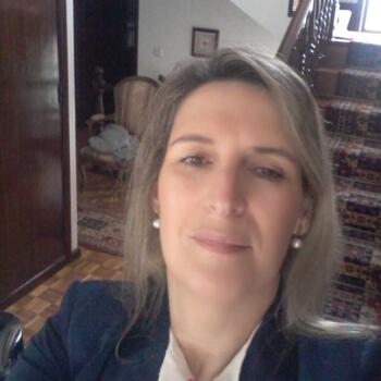 Babysitters in Gondomar: Elisabete