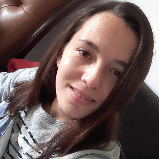 Babysitter em Amadora: Priscila