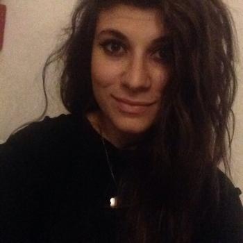 Babysitter Naples: Livia