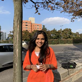 Babysitter Milano: Kavitha