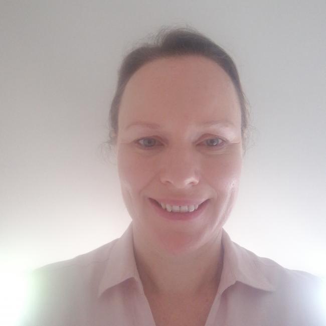 Babysitter in Geelong: Nicole