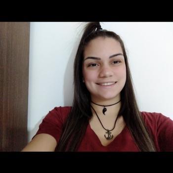 Babysitter in Goiânia: Evelyn