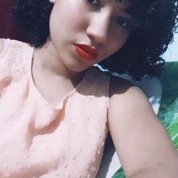 Babá em Lauro de Freitas: Estefani