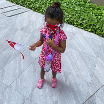 Babysitting job in Singapore: babysitting job Shan