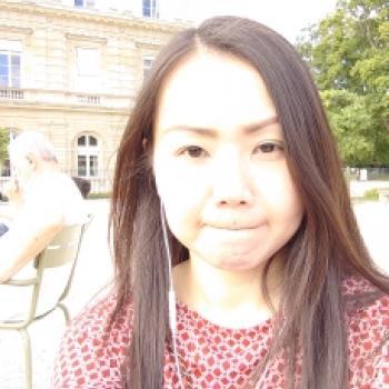 Baby-sitter Paris: Mary