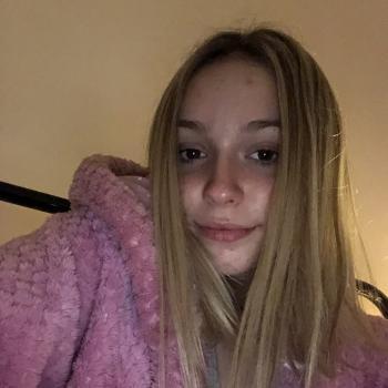 Babysitter Adelaide: Brianna Horning