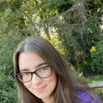Babysitter in Kernersville: Vika
