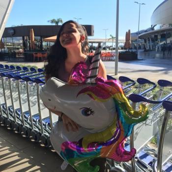 Babysitter Faro: Letícia
