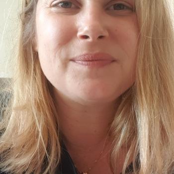 Baby-sitting Toulon: job de garde d'enfants Sigrid