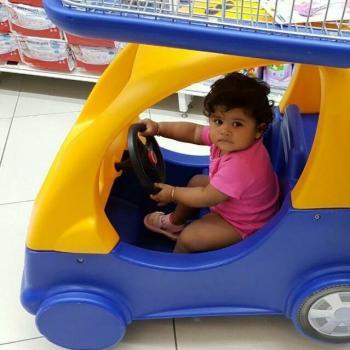 Babysitter Singapore: Kalaichalvi