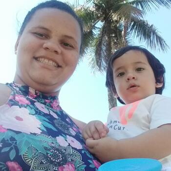 Babá em Niterói: Emmilly