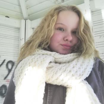 Lastenhoitaja Lumijoki: Veera