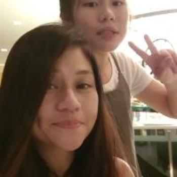 Babysitter Singapore: Dorcas
