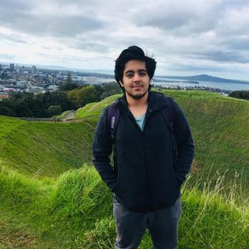 Babysitter Auckland: Garvit