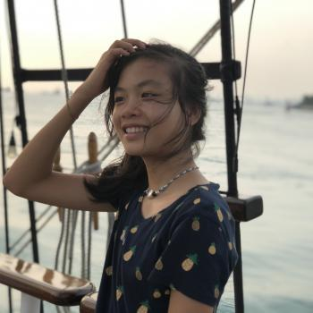 Babysitter Singapore: Lauren