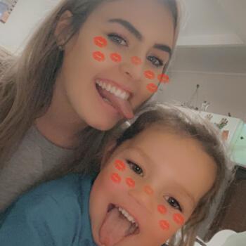 Babysitter in Mudgee: Isabella