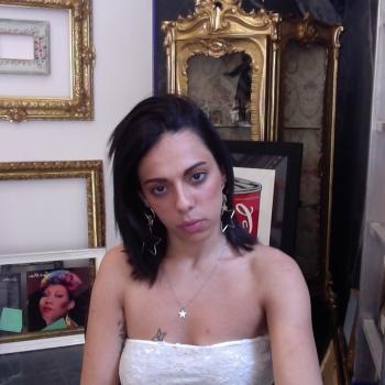 Babysitter Naples: Luana