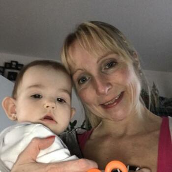 Babysitter in Aarlen: Ivana